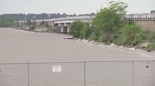 Lake Houston bridge